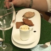 Foie gras au torchon et confiture d'oignons