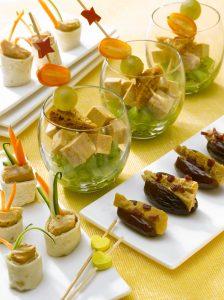 les-verrines-fraiches-de-petits-roules-de-foie-gras-et-magret-aux-dattes-de-medjoul