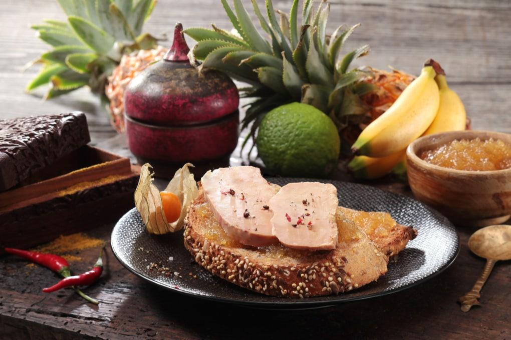 Tartine de foie gras au chutney d ananas et combawa le for Chutney de pommes pour foie gras