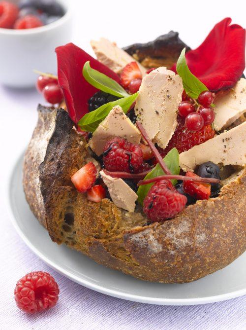 Vu sur madame.lefigaro.fr, nos petites tartines gourmandes au Foie Gras et Magret….